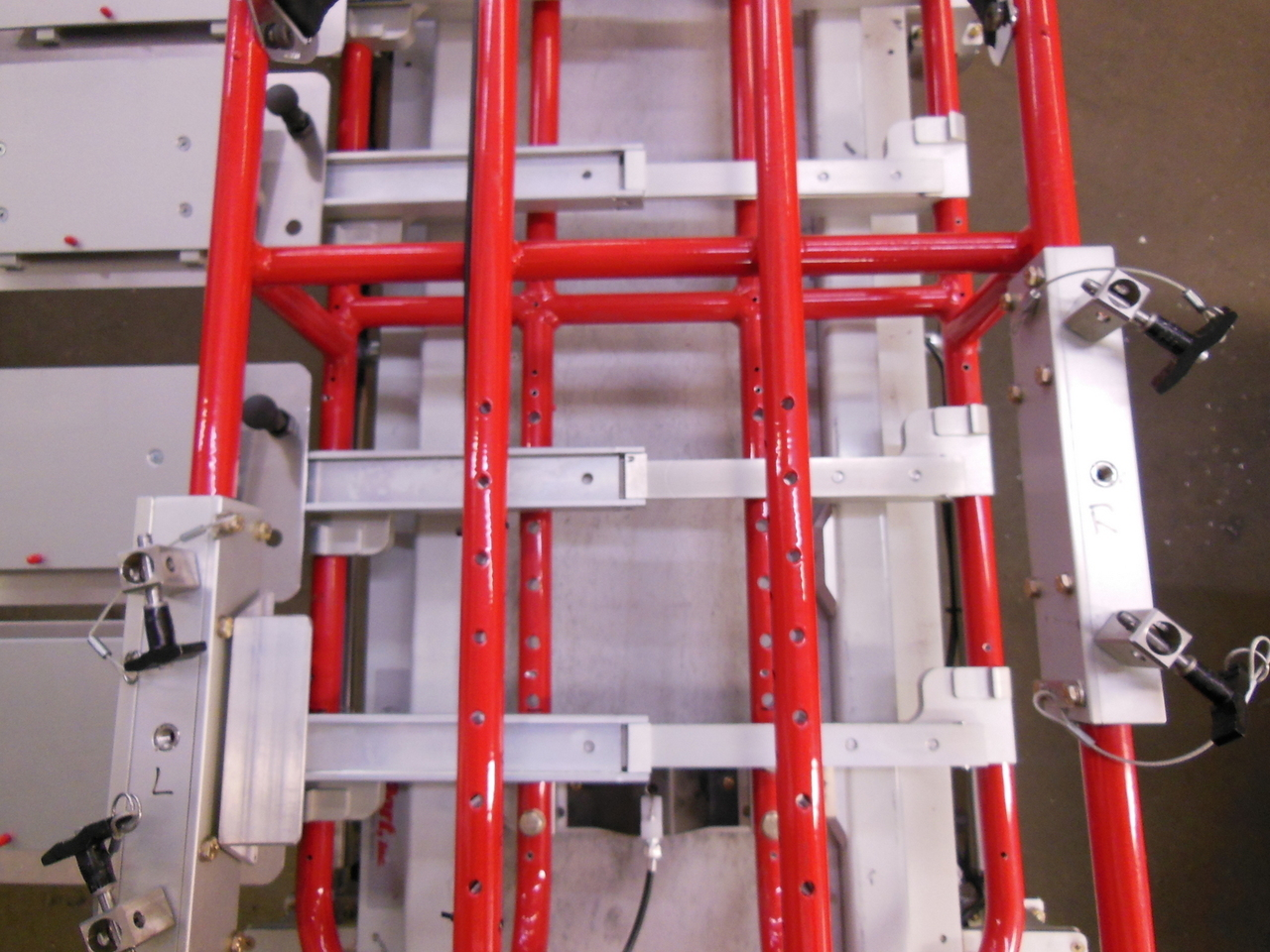 Aircraft stretcher application whereby a lightweight bi-directional slide in aluminium was required. Our engineers worked closely with Universal Medgear on achieving the solution after other products had failed.